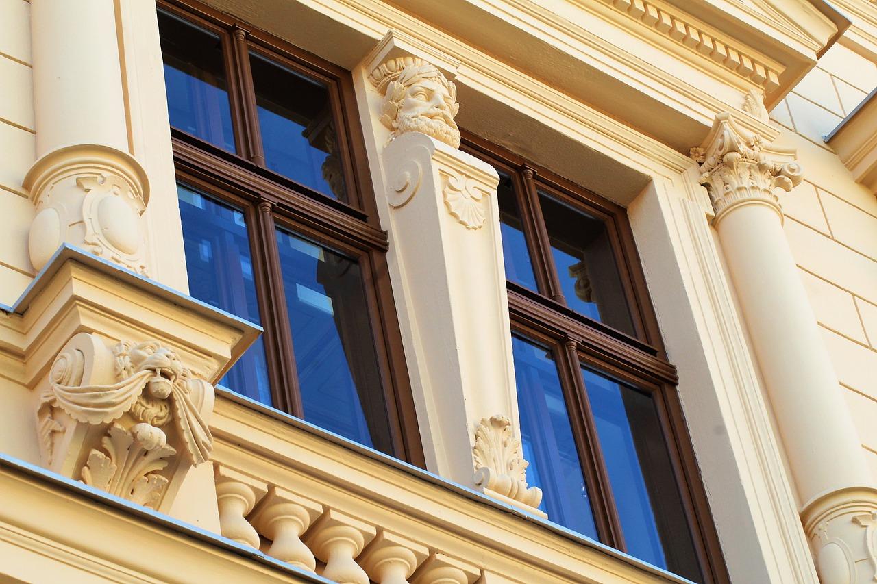 Quel style de fenêtres adopter pour une maison ancienne ?